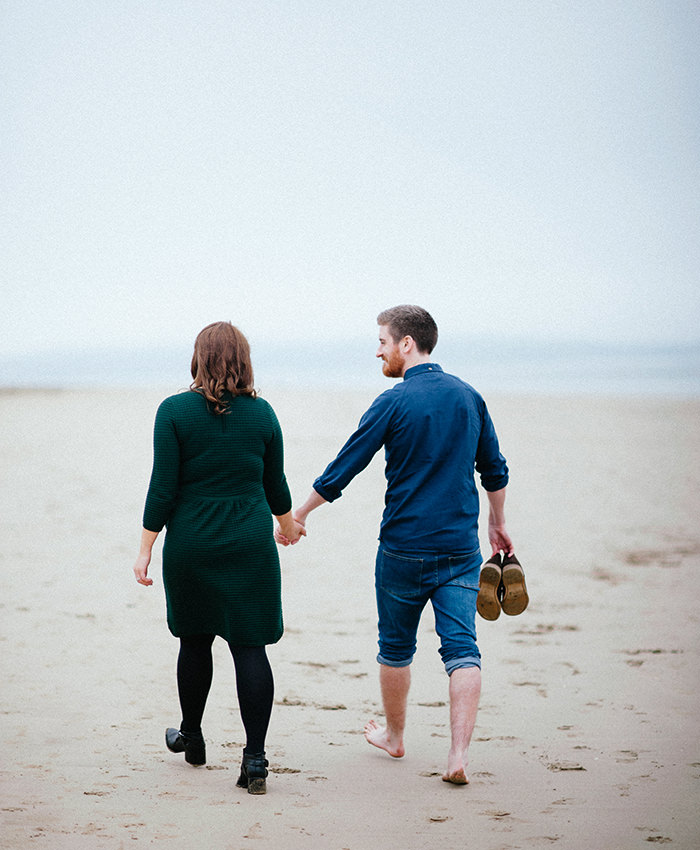 Engagement photos on beach 08