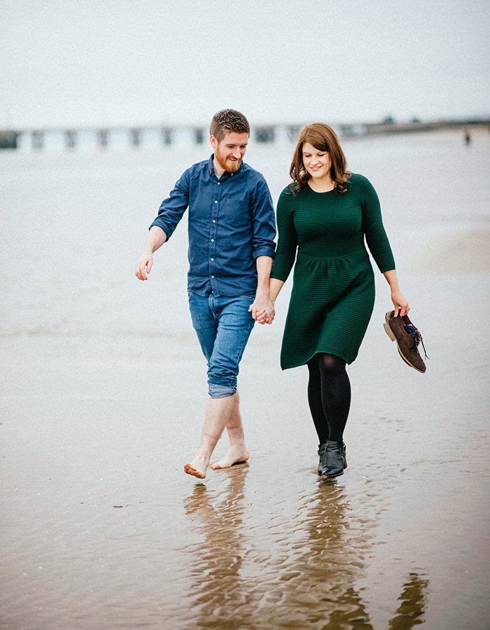 Engagement photos on beach 09