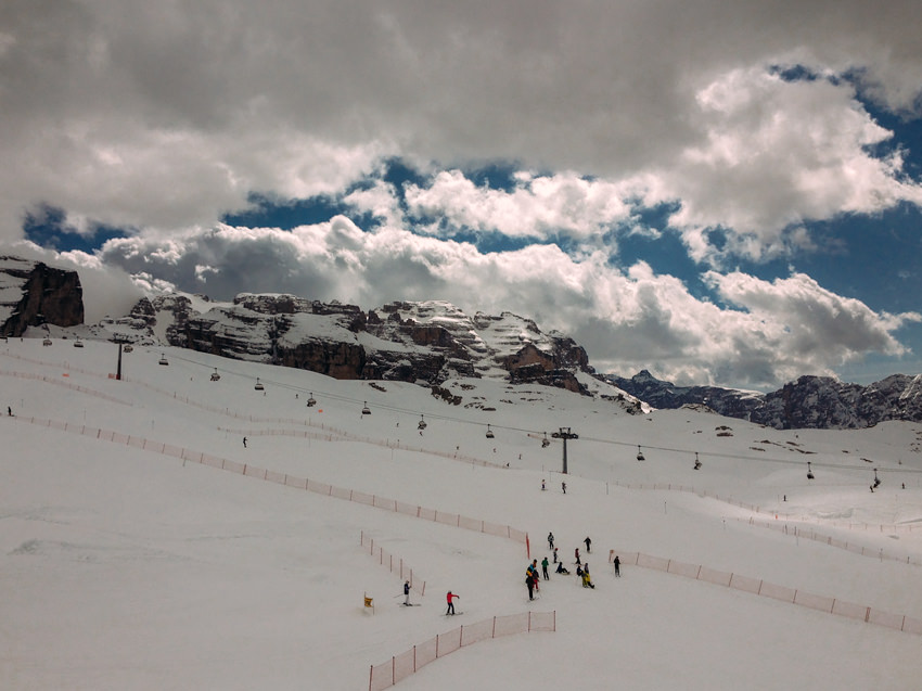 Italy Skiing in alps,dolomites11