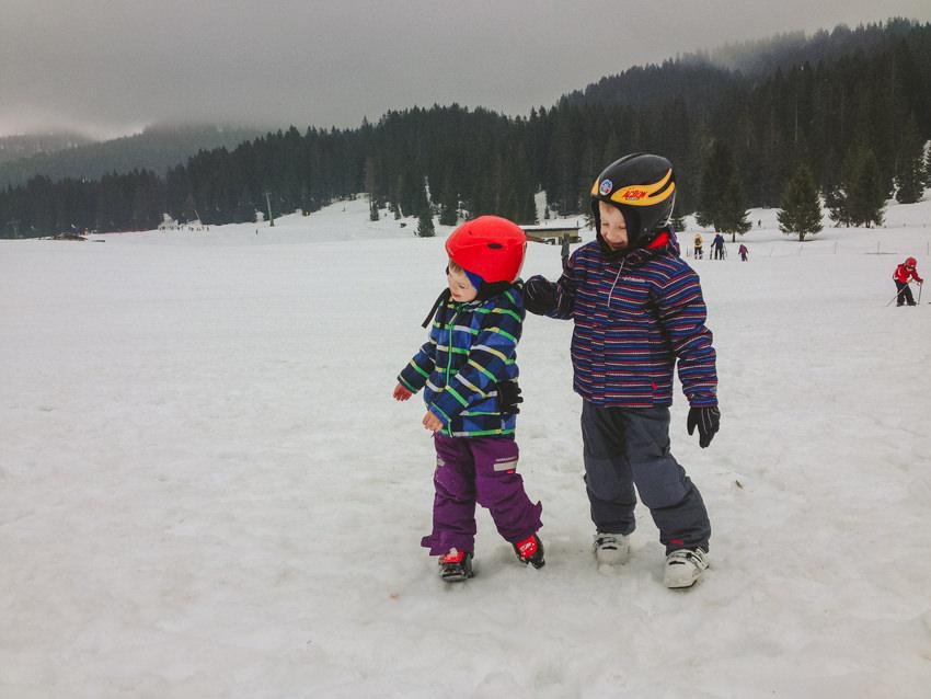 Italy Skiing in alps,dolomites3