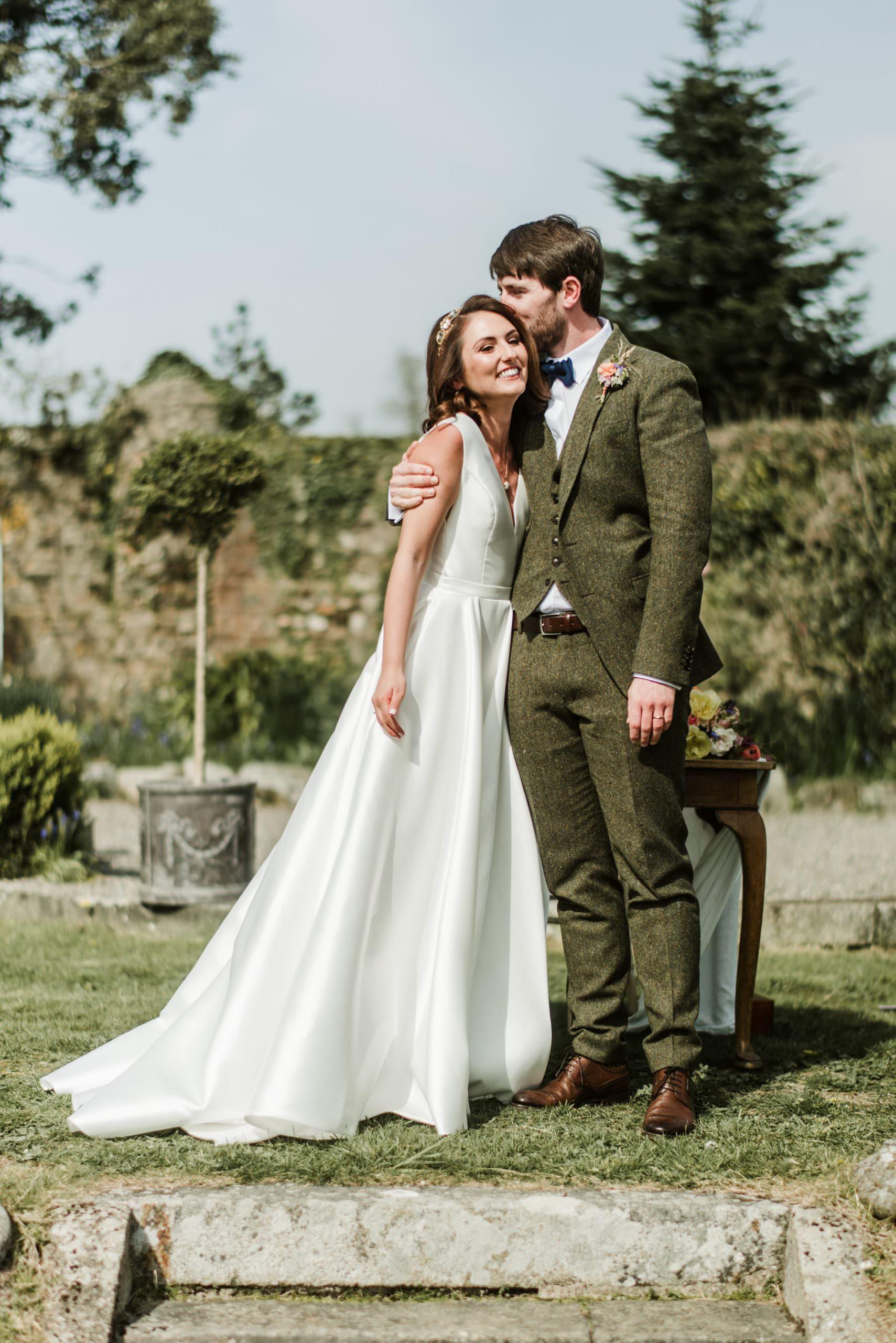 first kiss, horetown house,wedding,photography