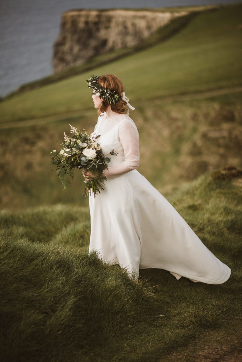 beautiful bride in wild west of ireland doolin village