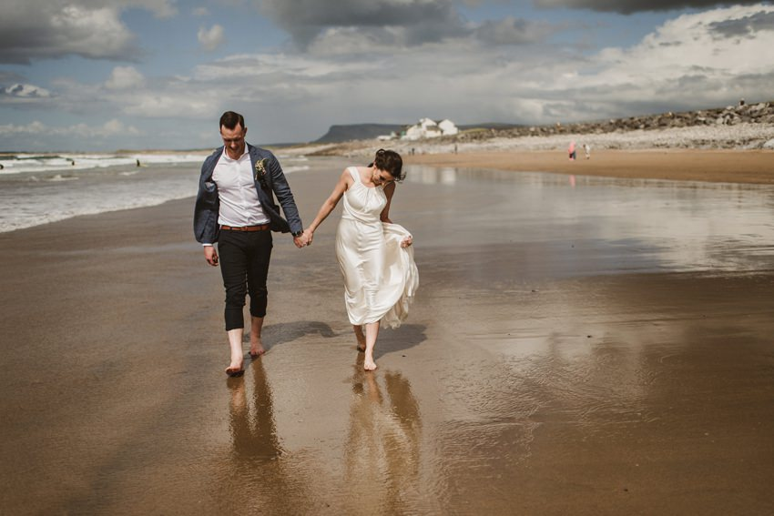 beach wedding Ireland 00054