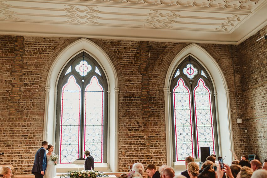 wedding ceremony performend in Smock alley