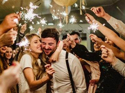 fireworks at wedding, photo with fireworks, 10 best fireworks photos