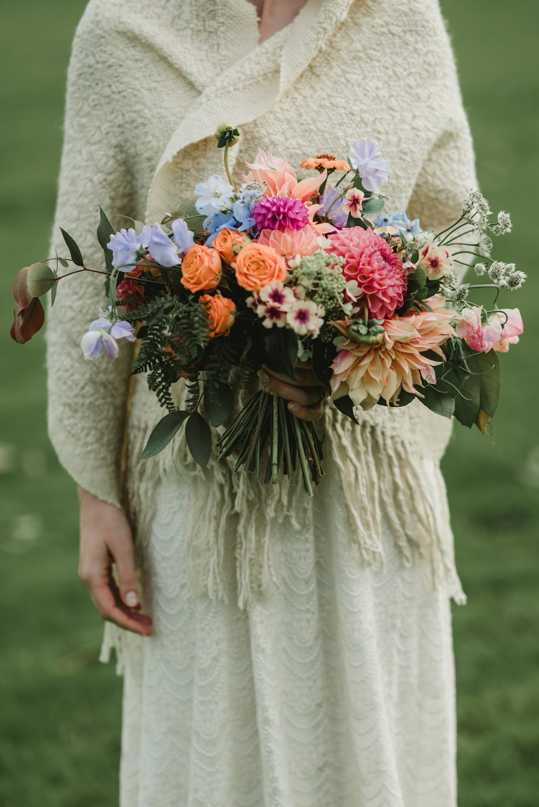wedding bouquet hold by bride