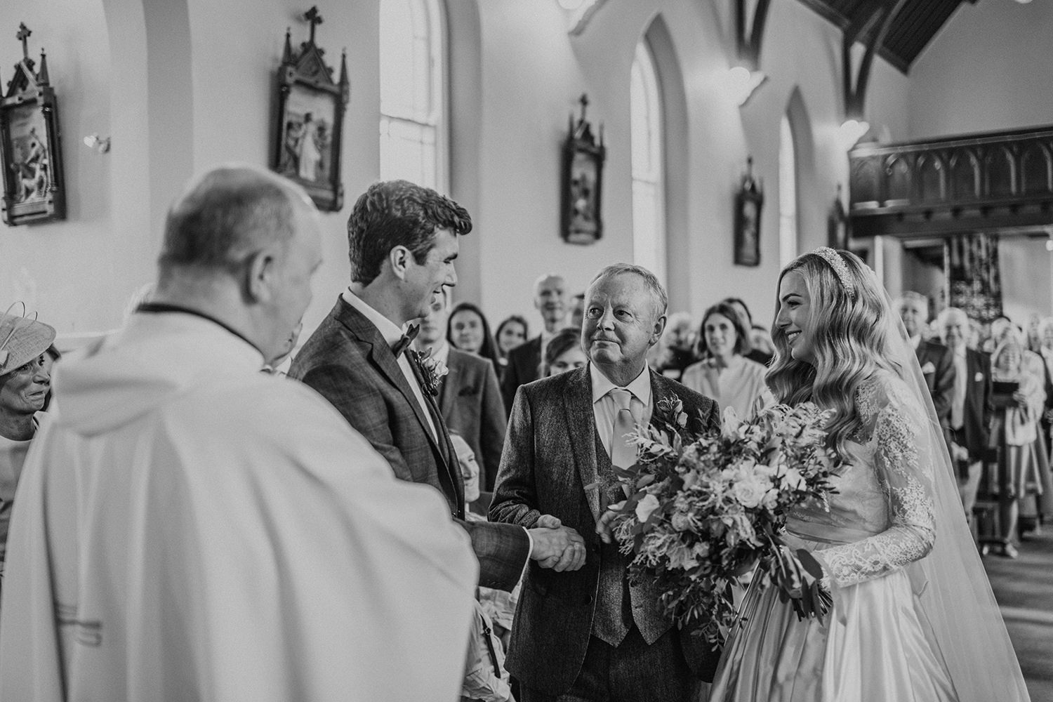 Wedding at Cliff of Mohers hotel doolin 00682