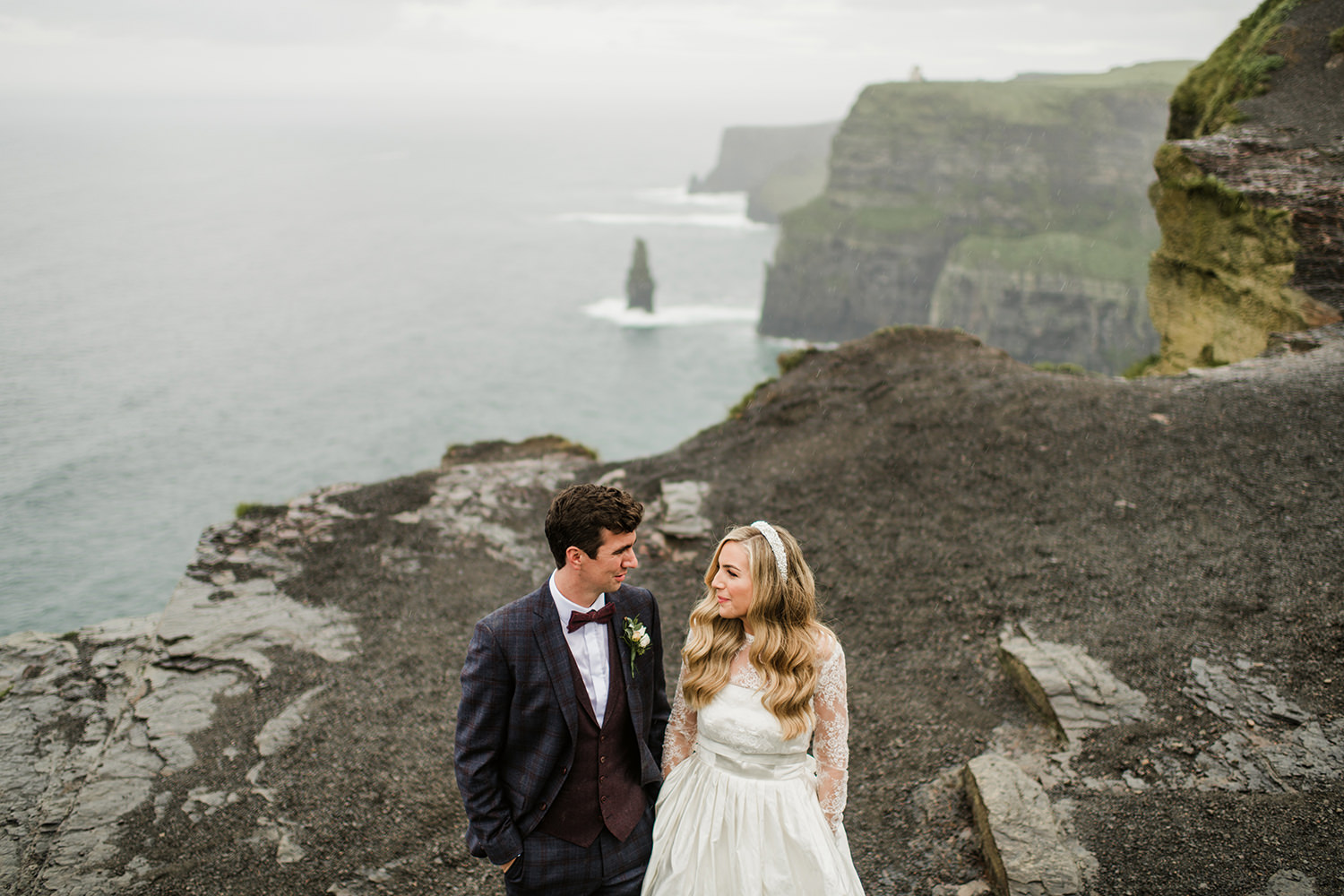 Wedding at Cliff of Mohers hotel doolin 00687 1