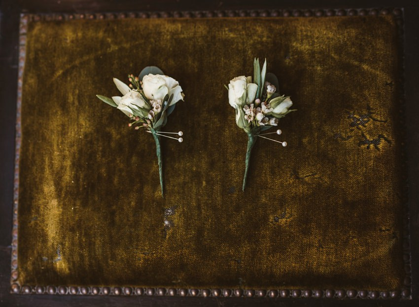 buttonholes for groomsman