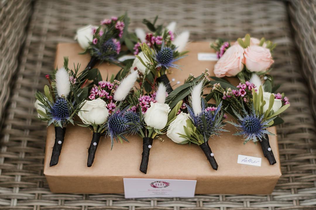 colour buttonhole flowers