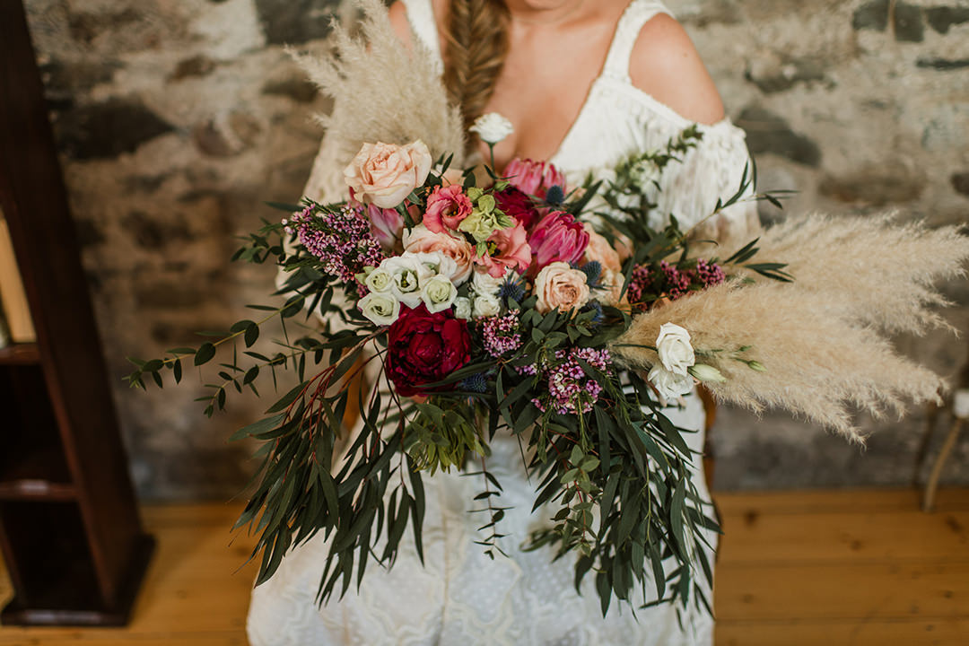 big wedding bouquet
