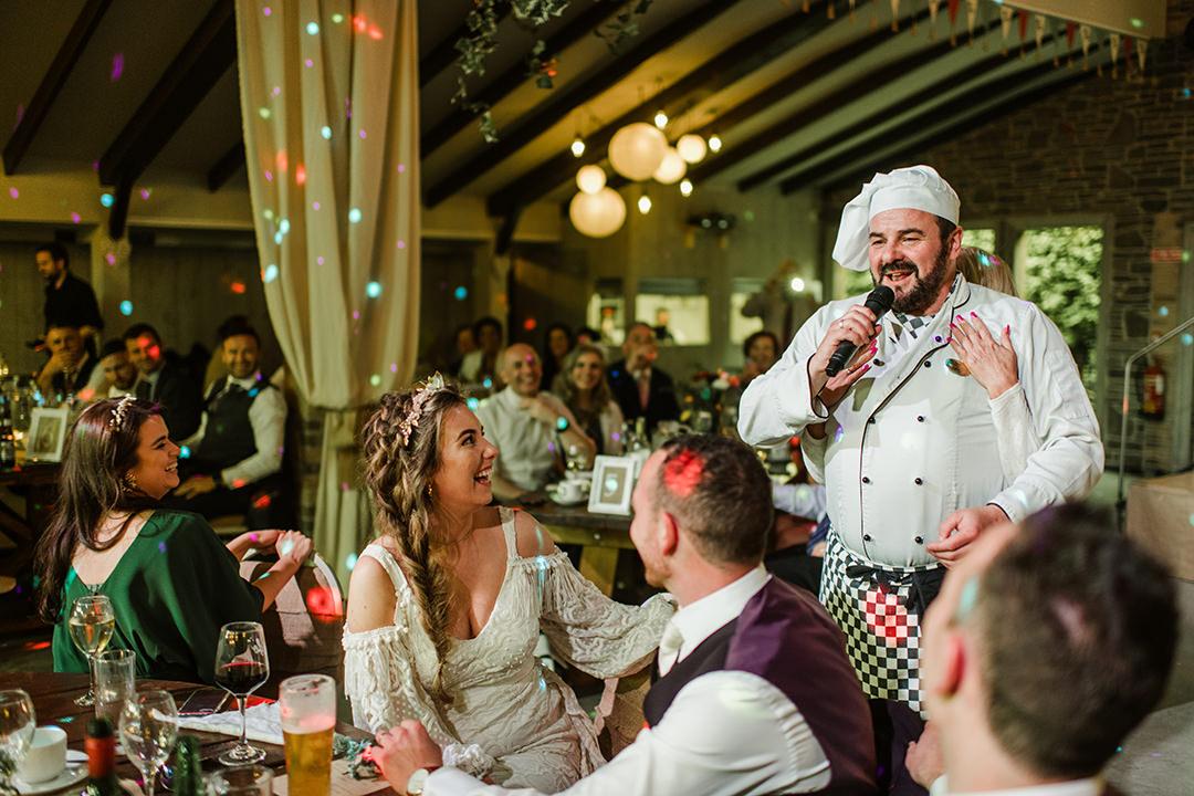singin cheef at wedding in segrave