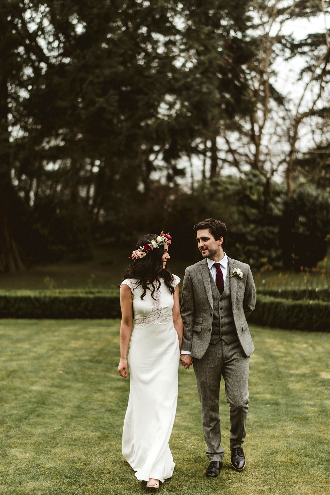 married man and women in tinakilly country house garden