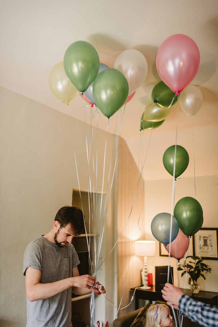 groom tie baloons for decoration